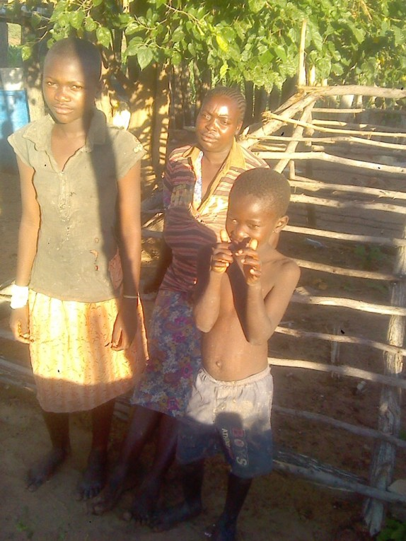 0 HalleluYah Scriptures Pictures of orphans and their care-taker in Namibia 8